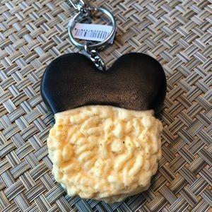 NWT Walt Disney World Key Chain Rice Krispie Treat